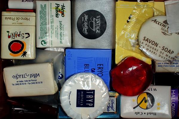Uso del cajón: almacén de jaboncillos de hoteles